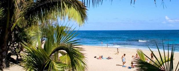 Lacaseafoule, un Gîte de la Réunion : Plage de Boucan